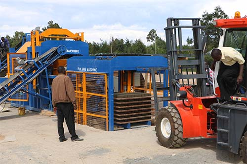 Five key steps of hollow block machine installation and test